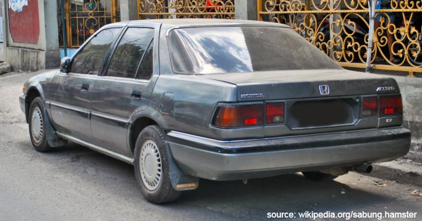 Honda Accord Prestige 1980-an - Mobil Sedan Motuba Rp25 Jutaan