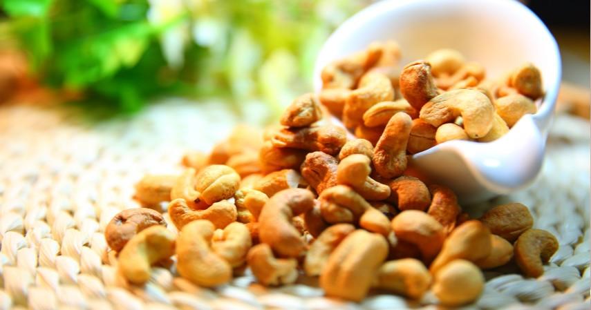 Kacang Kacangan - Tinggi Lemak Sehat