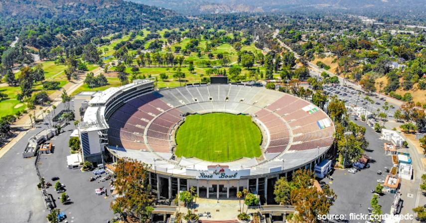 Rose Bowl Amerika Serikat - 9 Stadion Sepak Bola Terbesar di Dunia