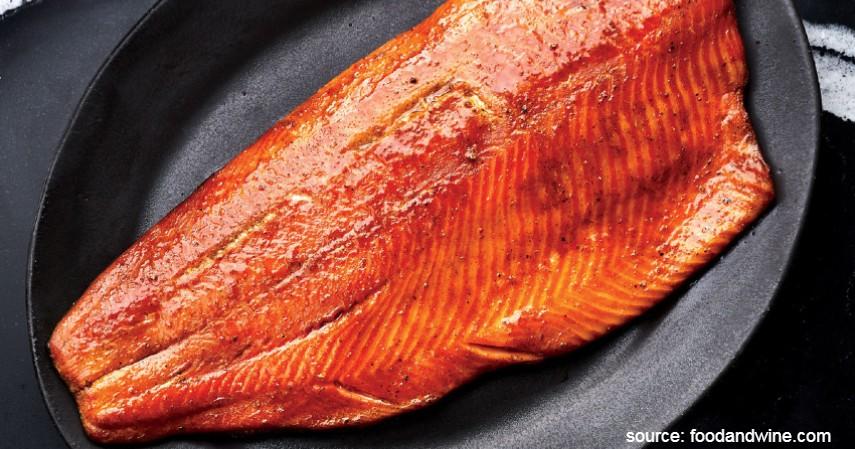 Salmon Diasap - Resep Masakan Berbahan Dasar Salmon yang Mudah Dibuat dan Enak