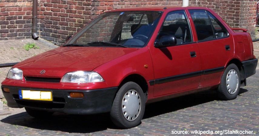 Suzuki Esteem 1990 - Mobil Sedan Motuba Rp25 Jutaan