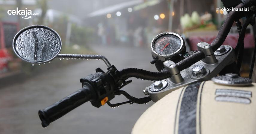 Tips Merawat Motor yang Terendam Banjir