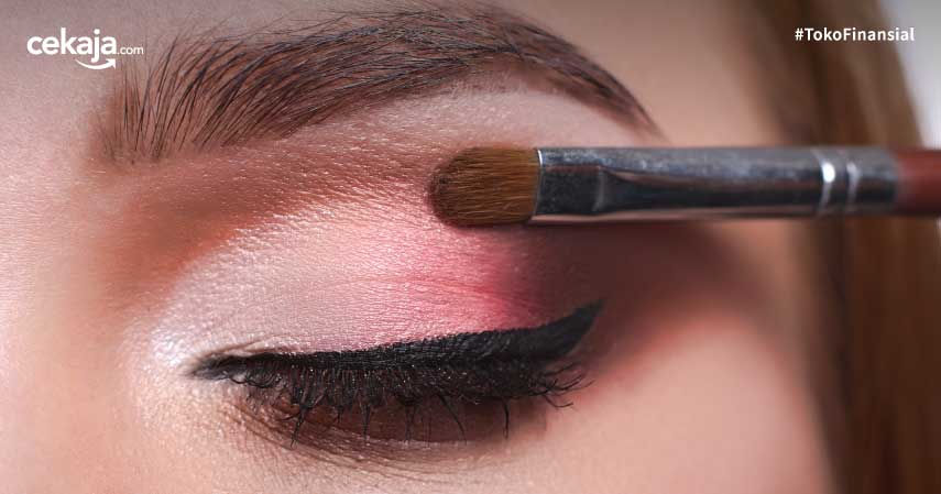 Sederet Rahasia Makeup Awet yang Wajib Diketahui