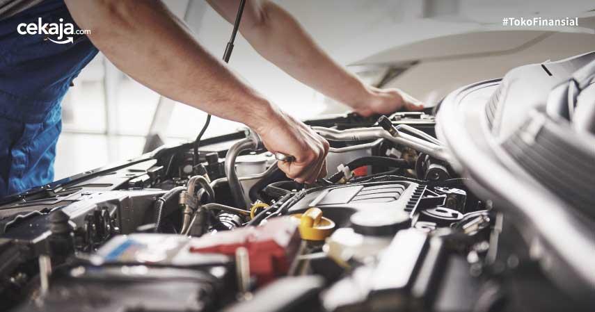 5 Tips Mengganti Aki Mobil yang Benar, Gak Perlu Bawa ke Bengkel!