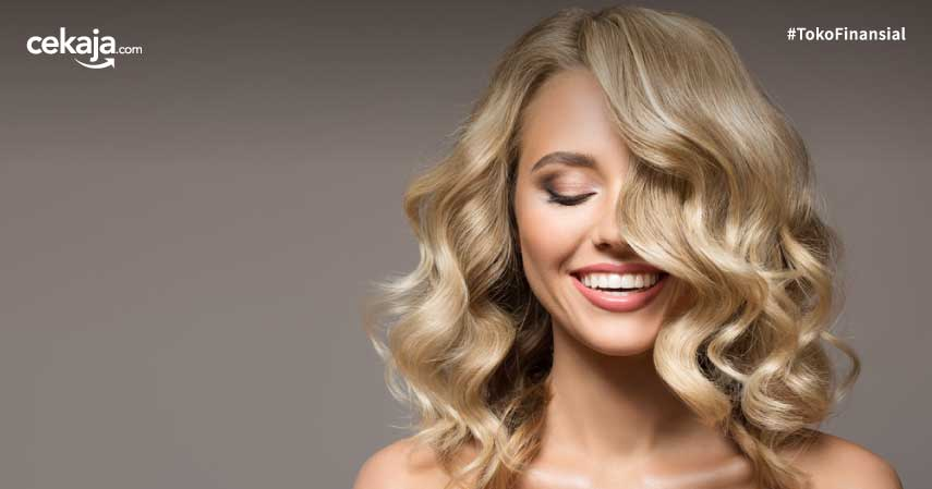 Tips Membuat Rambut Bergelombang Tanpa Blow, Ini Caranya!