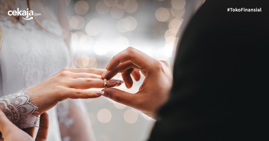 Deretan Artis yang Tunda Pesta Pernikahan Karena Corona