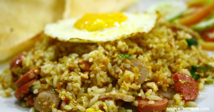 Nasi goreng telur bakso - 4 Menu Olahan Telur Untuk Makan di Rumah Enak Bergizi Kenyang