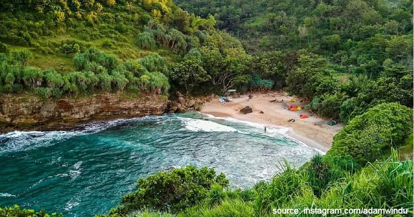 Pantai Ngetun Yogyakarta - Tujuan Wisata Wajib Dikunjungi Tahun 2020 di Indonesia