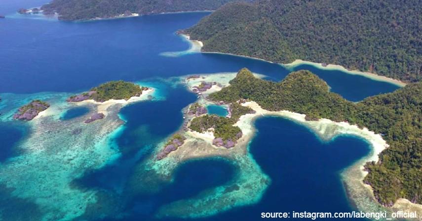 Pulau Labengki di Sulawesi Tenggara - 10 Tempat Honeymoon Romantis di Indonesia