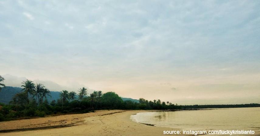Pulau Peucang Banten - Rekomendasi Pantai Buat Berjemur Sinar Matahari Biar Sehat