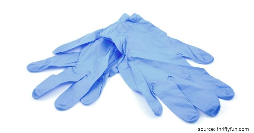 Sarung tangan latex - Selain Masker Please Jangan Timbun Alat-Alat Kesehatan Ini