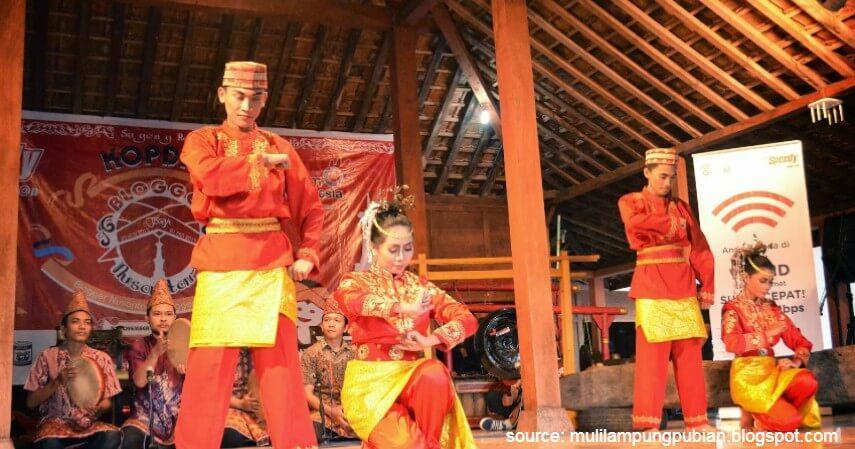 Tari Bedana - Tari Tradisional Asal Indonesia
