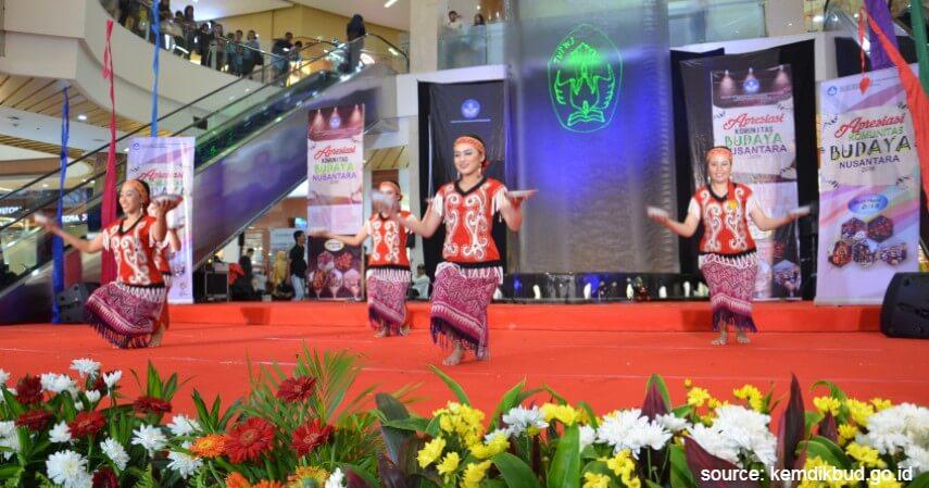 Tari Pinggan - Tari Tradisional Asal Indonesia
