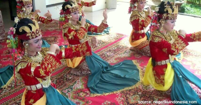 Tari Sekapur Sirih - Tari Tradisional Asal Indonesia