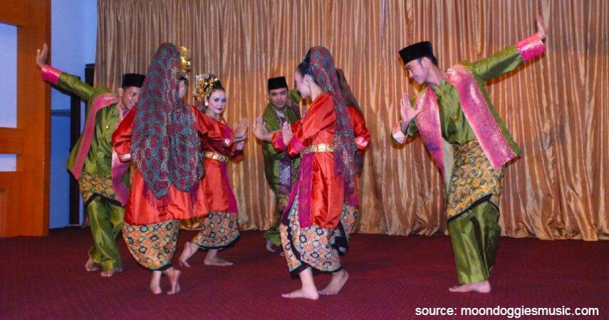 Tari Selampit Delapan - Tari Tradisional Asal Indonesia