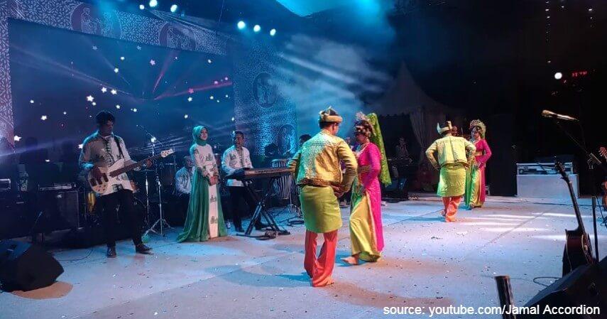 Tari Serampang Dua Belas - Tari Tradisional Asal Indonesia