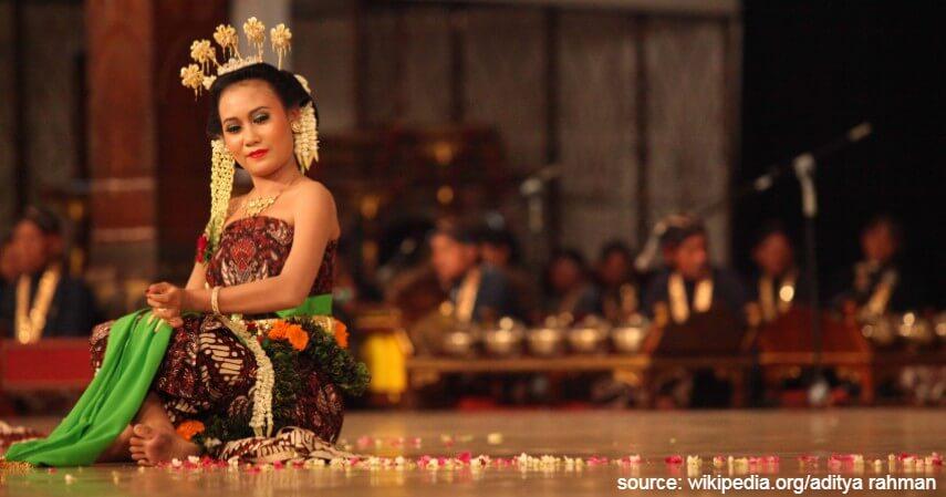 Tari Serimpi - Tari Tradisional Asal Indonesia