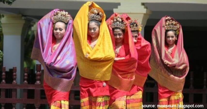Tari Tenun Songket - Tari Tradisional Asal Indonesia