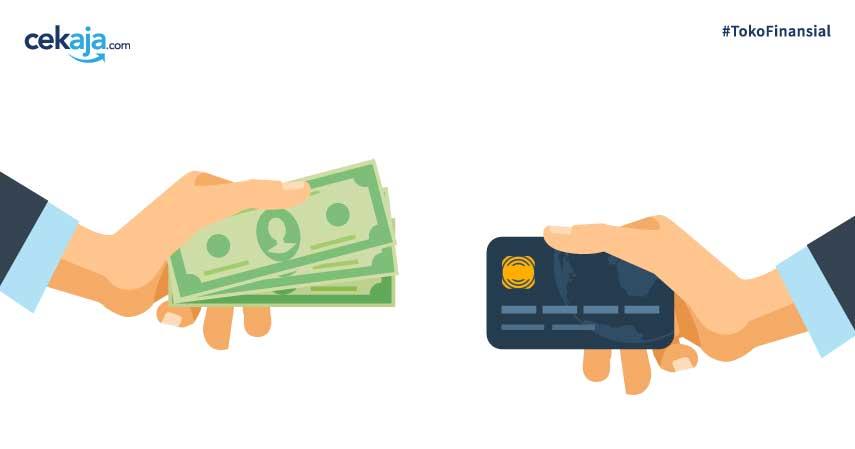 Menjadi pengguna kartu kredit aktif dengan transaksi belanja tinggi dapat meningkatkan kesempatan disetujuinya pengajuan pinjaman dana tunai kartu kredit.