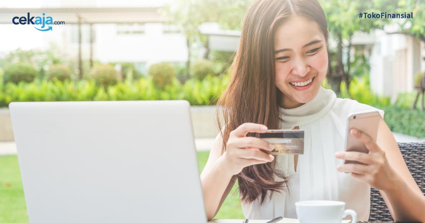 Biar Makin Hemat, Cek 9 Kartu Kredit Paling Banyak Promo Ini!