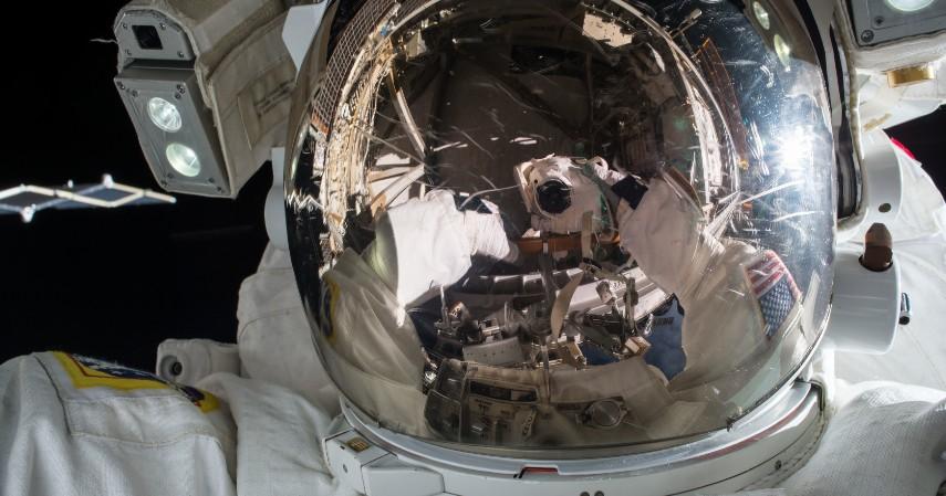 Astronot - Hari TNI AU Selain Pilot Ini Pekerjaan Idaman Anak 90-an