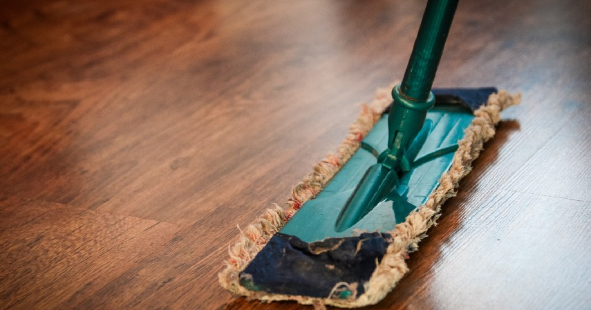 Bersih-bersih - 5 Tips Hemat Dekorasi Rumah Seperti Baru dengan Bantuan Bank Permata