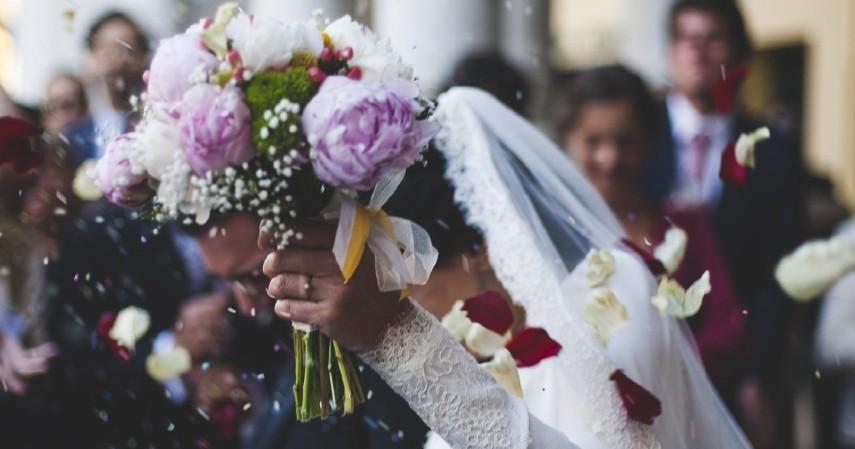 Bisnis Wedding Organizer - Menilik 8 Bisnis yang Tidak Termakan Waktu beserta Serba-serbinya
