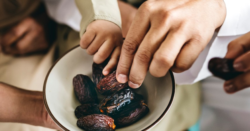 Kurma - Cek 5 Bisnis Mejanjikan di Bulan Ramadhan dan Perkiraan Modal Awanya