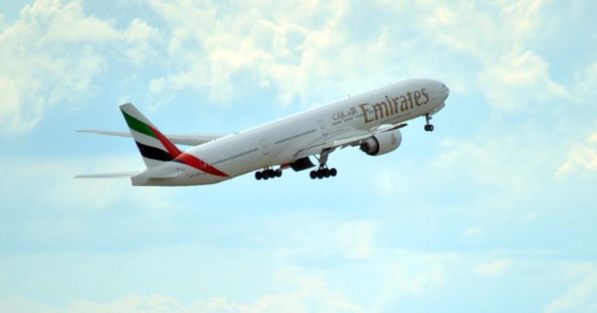 Maskapai Penerbangan - Waduh Imbauan Di Rumah Aja Bikin 7 Usaha Ini Boncos