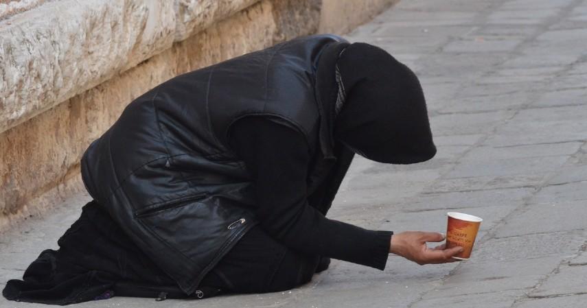 Memperbanyak Sedekah - 5 Cara Meningkatkan Pahala Ramadan di Tengah Pandemi