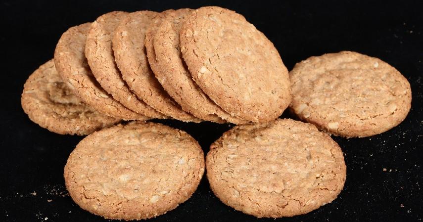 Menjual aneka kue kering - 4 Tips Bisnis Modal Kecil Buat Nambah Penghasilan yang Pas-Pasan