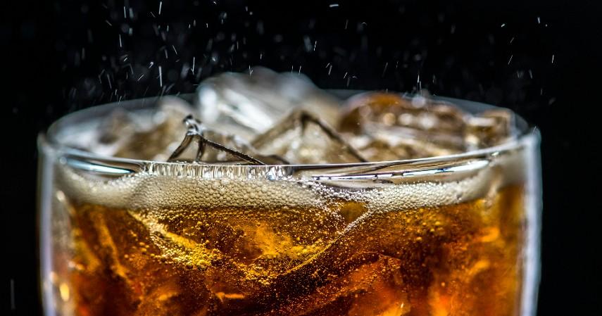 Minuman bersoda - Suka Ngantuk Saat WFH 5 Jenis Minuman Ini Bikin Seger Lho