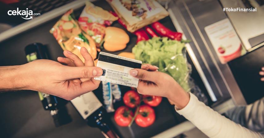 Menilik 9 Daftar Kartu Kredit Terbaik Belanja di Supermarket