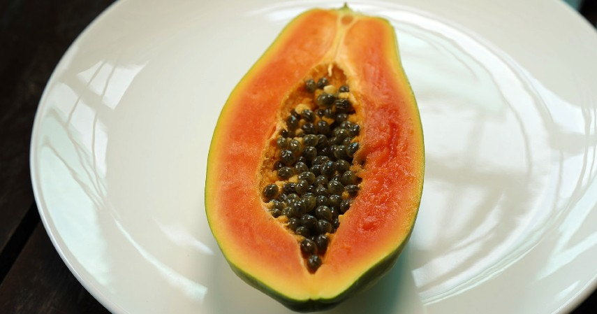 Buah-buahan Rendah Asam - 5 Jenis Makanan Diet yang Aman Bagi Penderita Maag