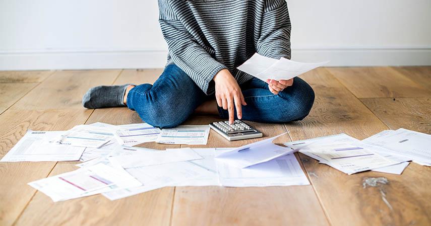 Hindari utang - 7 Tips Mengelola Uang untuk Single Parent Asuransi Jiwa Ciputra Life Bisa Membantu