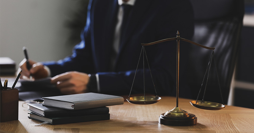 Ilmu Hukum - Jurusan Paling Favorit di UNS bidang Saintek dan Soshum