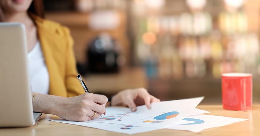Jaga arus kas - Membandingkan Untung-Rugi Pinjaman Online dan KTA untuk Modal Usaha
