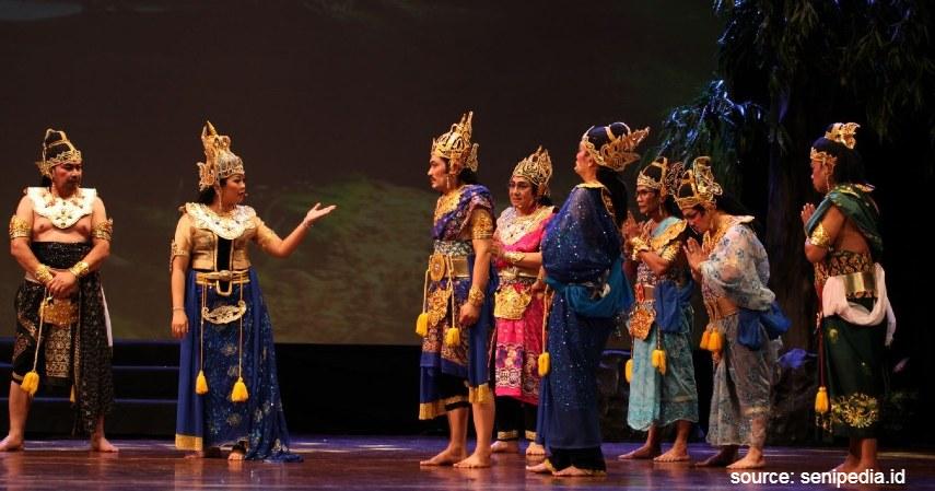 Ketoprak - Intip 6 Daftar Kesenian Tradisional Khas Jawa Timur