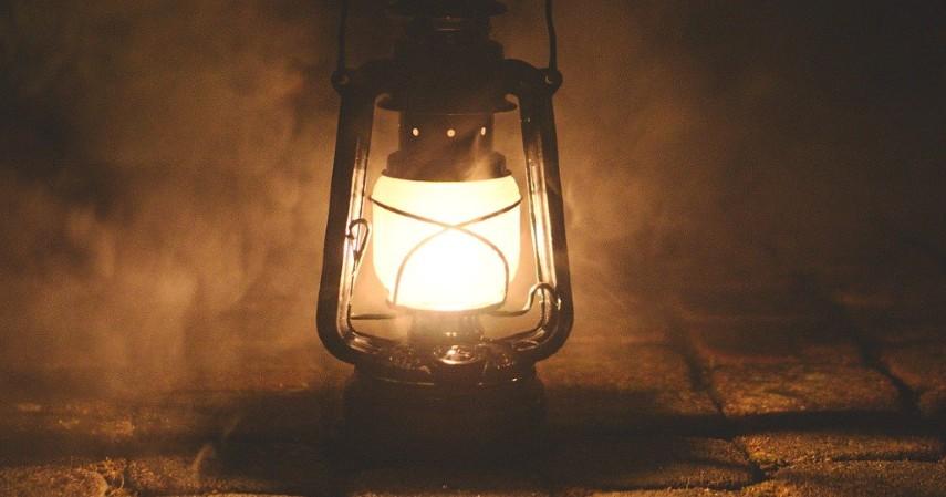 Lampu minyak - Jualan 4 Barang Ini Saat Waisak Dijamin Untung