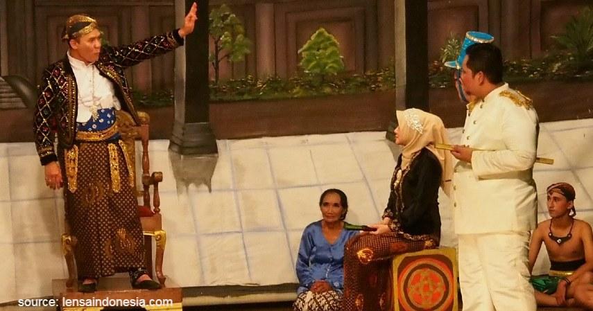 Ludruk - Intip 6 Daftar Kesenian Tradisional Khas Jawa Timur