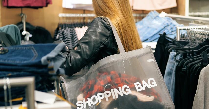 Pertumbuhan ekonomi tidak lagi ditopang oleh konsumsi