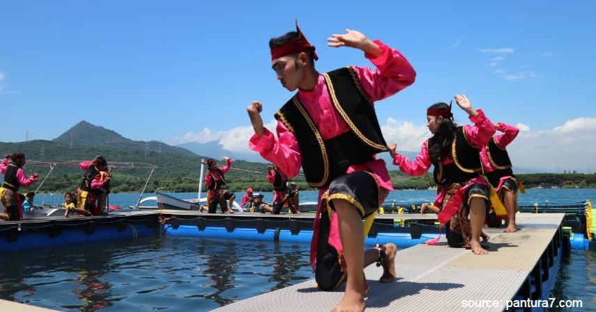 Tari Glipang - Intip 6 Daftar Kesenian Tradisional Khas Jawa Timur