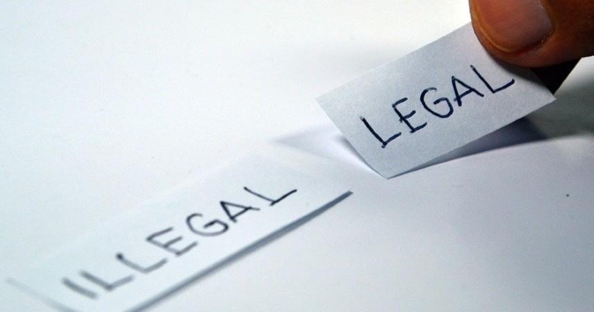 Tidak memiliki tanda terdaftar atau izin usaha pergadaian dari OJK - Waspada Pergadaian Ilegal Ini Ciri-cirinya Menurut OJK
