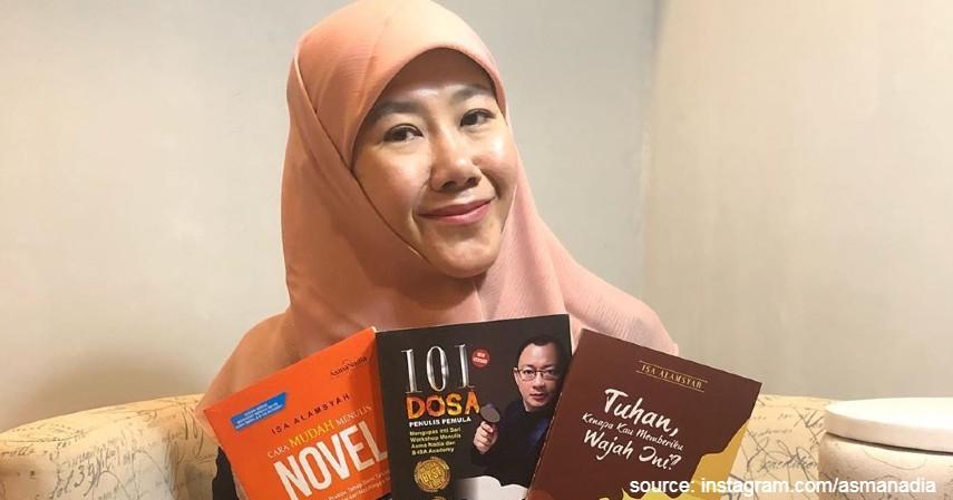 Asma Nadia - 10 Penulis Terkenal di Indonesia yang Bukunya Sering Best Seller