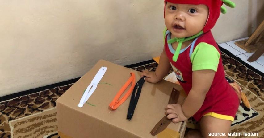 Bermain Buka Tutup Resleting - Ide Permainan Montessori Agar Anak Tidak Bosan di Rumah
