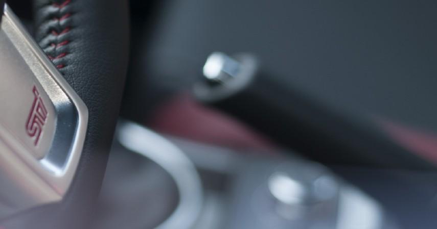 Disarankan untuk Tidak Direm Tangan - 7 Cara Merawat Kendaraan Saat Jarang Digunakan di Tengah Pandemi