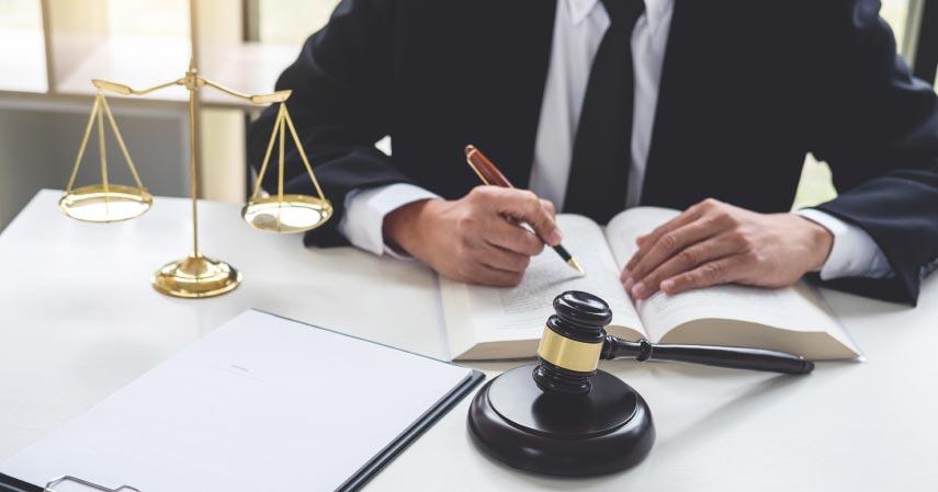 Ilmu Hukum - Jurusan Paling Favorit di Universitas Lambung Mangkurat Bidang Saintek dan Soshum
