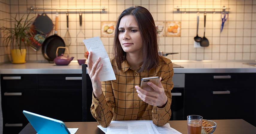 Kemungkinan Membayar Sesuatu yang Sudah Tidak Digunakan - Ini Dia 8 Kelebihan dan Kekurangan Pembayaran CC melalui Autodebet