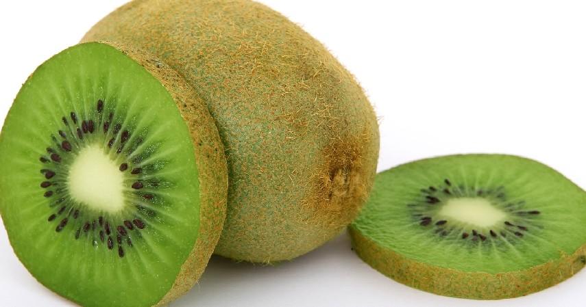 Kiwi - 8 Buah Tinggi Antioksidan yang Mudah Ditemukan