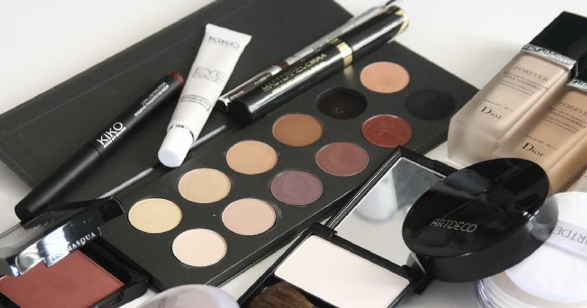 Kosmetik dan Skincare - Raup Untung jadi Dropship Modal Kartu Kredit dari 7 Ide Bisnis Berikut